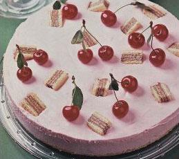 Вишневый торт с вафлями