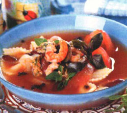 Фасолевый суп с мидиями и креветками