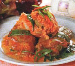 Голубцы с пшеном в томатном соусе