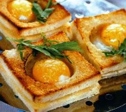 Горячая закуска из яиц