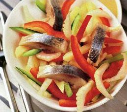 Салат из сельди с овощами
