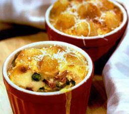 Яичное суфле с картофельными шариками