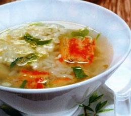 Японский суп с крабами и яйцами