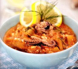 Морской коктейль в соусе из помидоров и сыра фета. Готовим в мультиварке