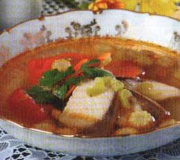 Рыбный суп с сельдереем и кукурузой