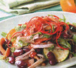 Салат из мяса с цуккини