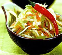 Салат из редьки с капустой и морковью