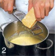 Яичный рулет с копченой сельдью приготовление