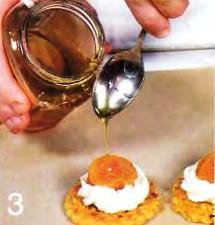 Крекеры с курагой и медом приготовление