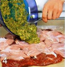 Рулет из говядины и курицы приготовление