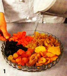 Салат из сухофруктов со льдом приготовление