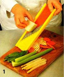 Салат с кольраби и зеленым горошком приготовление