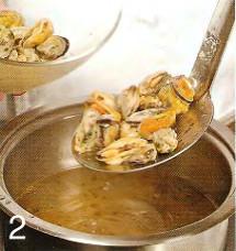 Салат с мидиями и кукурузой приготовление