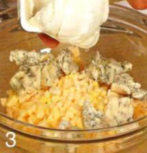 Салат с сырными орешками приготовление