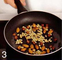 Салат с жаренными грушами и голубым сыром приготовление