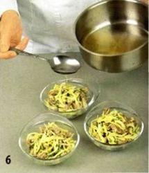 Салат-желе мясной с сыром приготовление