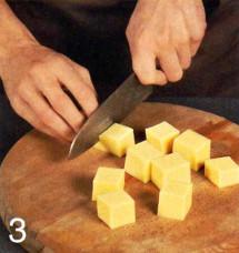 Сырная закуска с виноградом  приготовление