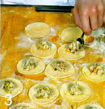 Тортеллини с креветками и оливками приготовление