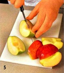 Утка, маринованная в пиве, с гарниром из яблок приготовление