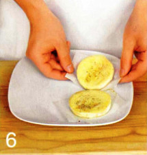 Жареный бри с клюквенным соусом приготовление