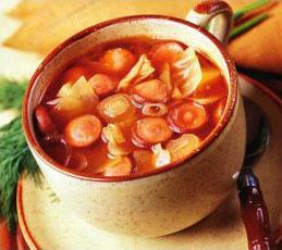 Суп томатный с копчеными сосисками
