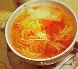Суп вермишелевый с овощами и сыром